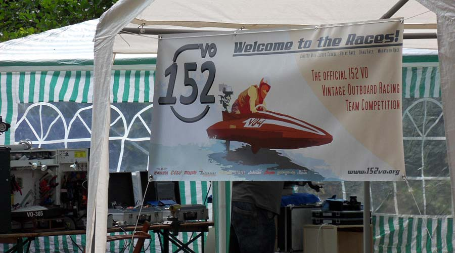 152VO Racing Team Competition Banner